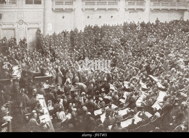 CWSD (committee of Workers & Soldiers Deputies) Petrograd's new Parliament, 1917 - Stock Image