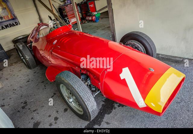 1957 maserati 250f stock photos 1957 maserati 250f stock for Garage jean behra