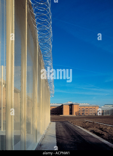 Inner razor wire fence at Belmarsh Prison Woolwich - Stock Image