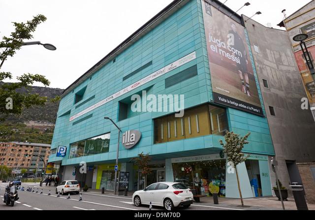 Vella shopping andorra stock photos vella shopping - Centre comercial la illa ...