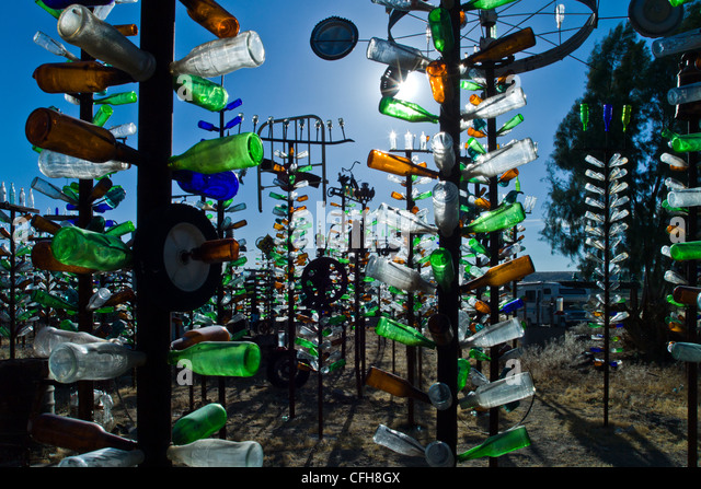 USA, California, Helendale, the Bottle tree ranch on Route 66 - Stock Image