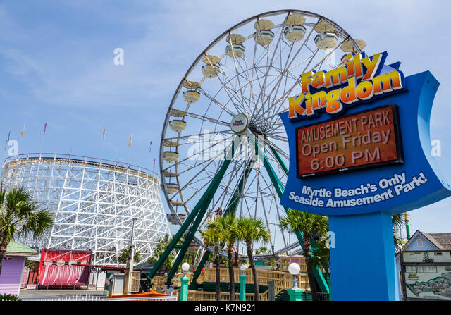 South Carolina SC Myrtle Beach Atlantic Ocean North Ocean Boulevard Family Kingdom seaside amusement park Ferris - Stock Image