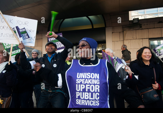 One day strike against pension cuts by public sector workers. Picket by Unison trade union members at Moorfields - Stock Image