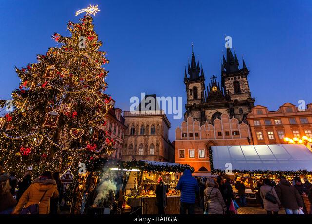 Shops decorated for christmas stock photos shops for Stilwerk stuttgart