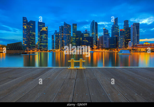 Singapore city skyline seen from the pier - Stock-Bilder