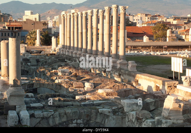 Excavation of the agora of the ancient city of Smyma in modern Izmir, Turkey. - Stock Image