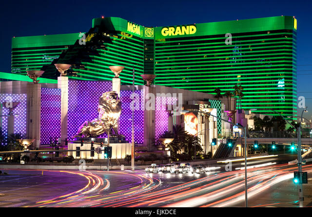 mgm-grand-hotel-and-light-streaks-the-st