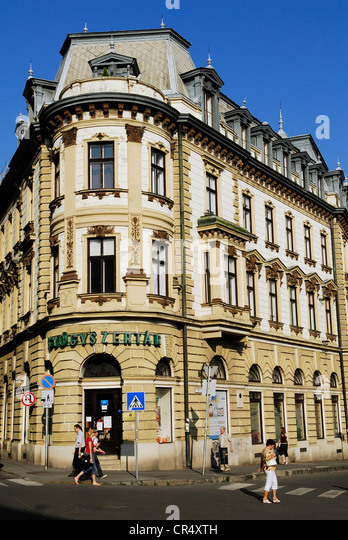 Hungary, Southern Transdanubia, Baranya County, Pecs, Szechenyi Square (Szechenyi ter), an epoch building at the - Stock-Bilder