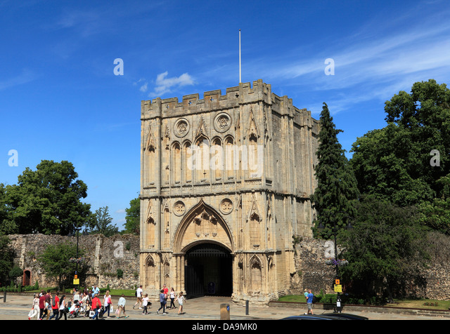Bury St. Edmunds, medieval Abbey Gate with people, Suffolk, England UK - Stock Image