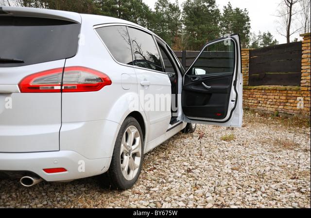 Minivan (MPV) car with open door - Stock Image