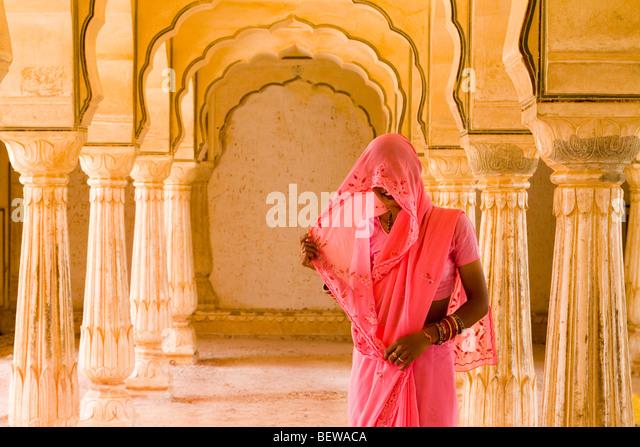 Veiled woman in India - Stock-Bilder