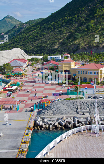St Maarten Philipsburg tourists at the Dr A C Wathey cruise port taken above  from Caribbean cruise ship - Stock Image