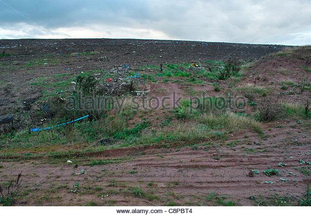 Nearly full landfill site (former brickworks quarry), Aldridge, West Midlands - Stock Image