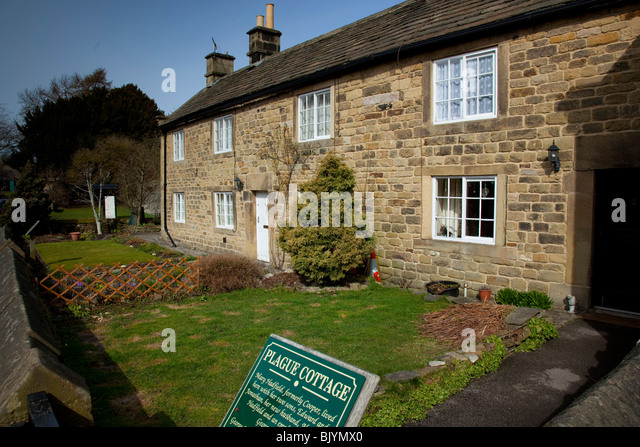 Plague Cottages in the village of Eyam, Derbyshire, England, UK. - Stock Image