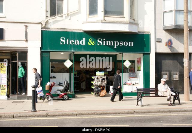 Shoe Shops Woething