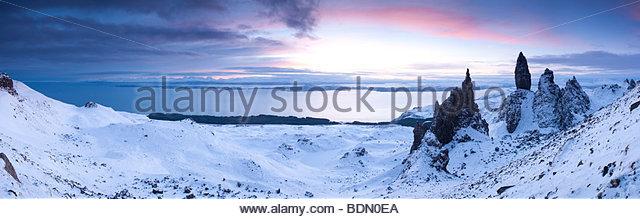 Old Man of Storr, Storr Rocks, Isle of Skye, Inner Hebrides, Scotland, UK - Stock-Bilder
