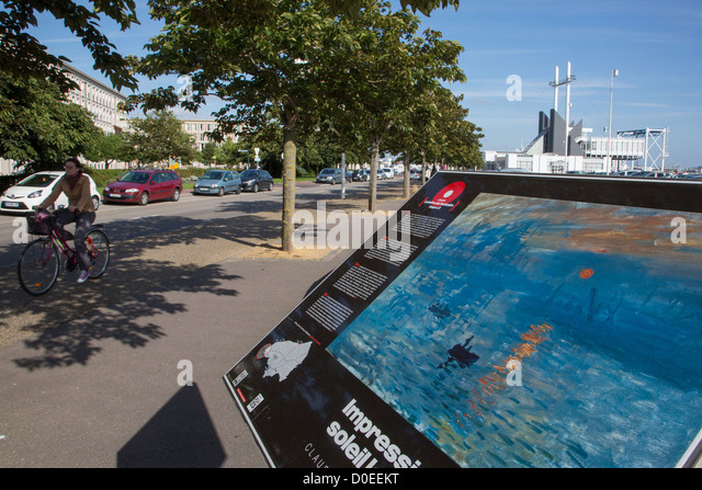DISPLAY STAND OF A PAINTING BY CLAUDE MONET IMPRESSION RISING SUN LE HAVRE SEINE-MARITIME (76) FRANCE - Stock Image