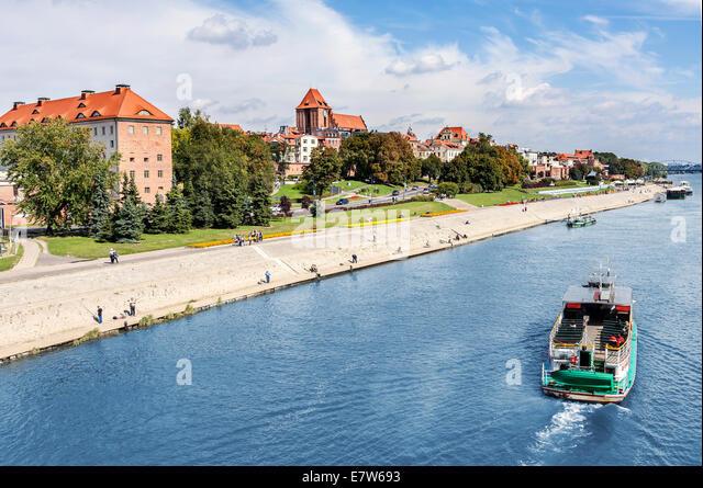 Torun city located on the Vistula river bank, Poland. - Stock Image