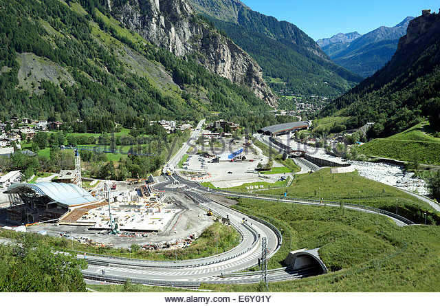 mont blanc tunnel construction stock photos mont blanc tunnel construction stock images alamy. Black Bedroom Furniture Sets. Home Design Ideas