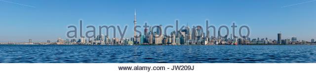 toronto-skyline-cityscape-panorama-water