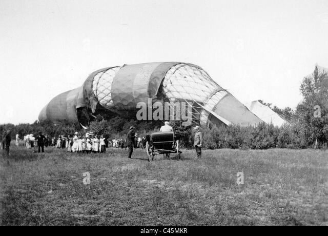 Wreck of the crashed airship 'Schuette-Lanz', 1913 - Stock Image