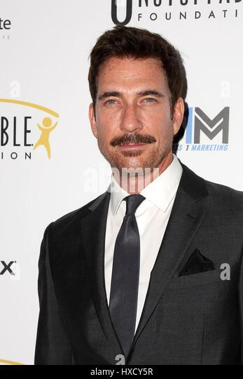 Beverly Hills, CA. 25th Mar, 2017. Dylan McDermott at arrivals for Unstoppable Foundation Gala, Beverly Hilton Hotel, - Stock Image