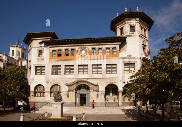 Espana correos stock photos espana correos stock images for Edificio correos madrid