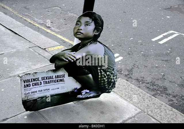 Campaign in London by Unicef to highlight the exploitation of children in the Third World - Stock-Bilder