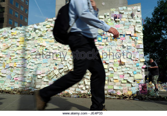 Wall mounted paper notes offering condolences and sympathy at London Bridge, in response to the June 2017 London - Stock Image