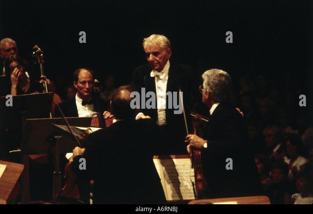 Leonard Bernstein Conducting Stock Photos & Leonard ...