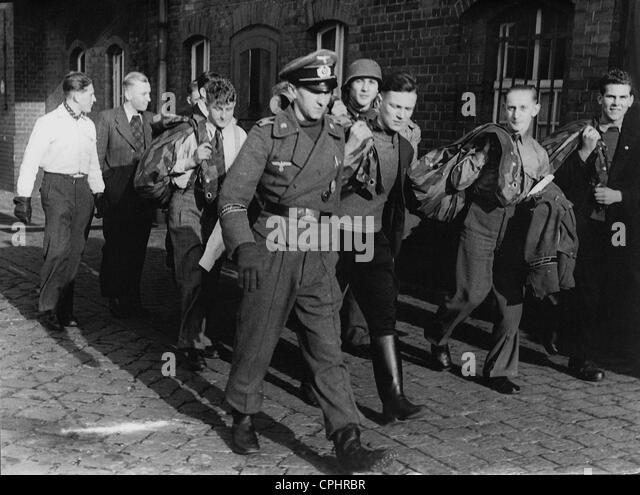 War volunteers, 1944 - Stock Image