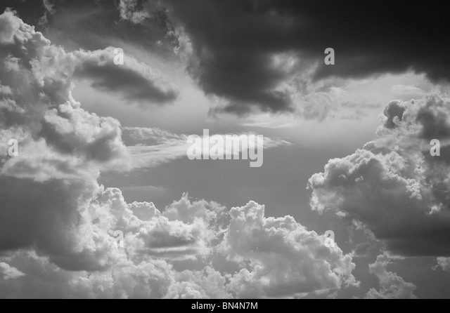 Black and White Sky and Clouds - Stock-Bilder