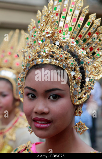 Germany Berlin Carnival of Cultures thai woman in costume - Stock-Bilder