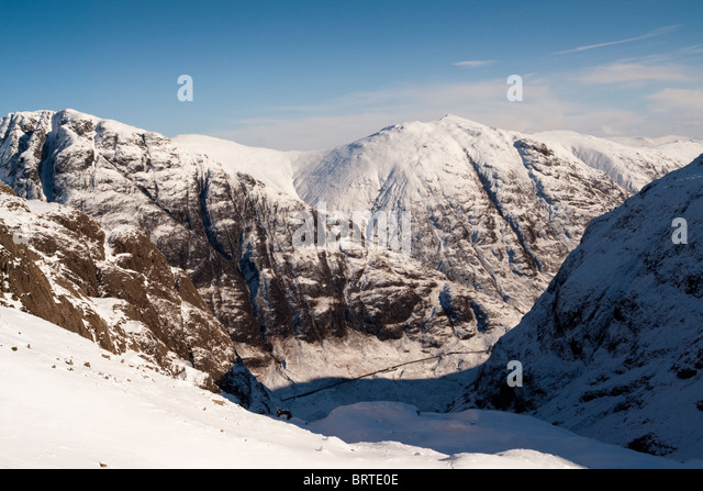 View from Coire nan Lochan across the pass of Glen Coe - Stock Image