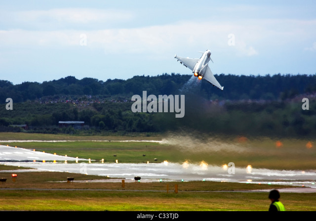 Royal Air Force Eurofighter EF-2000 Typhoon F2 powerful take off at Farnborough International Airshow 2010, UK. - Stock Image