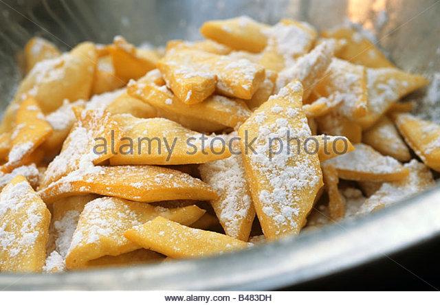 Nopou Peulh (Fried pastries, Senegal) - Stock Image