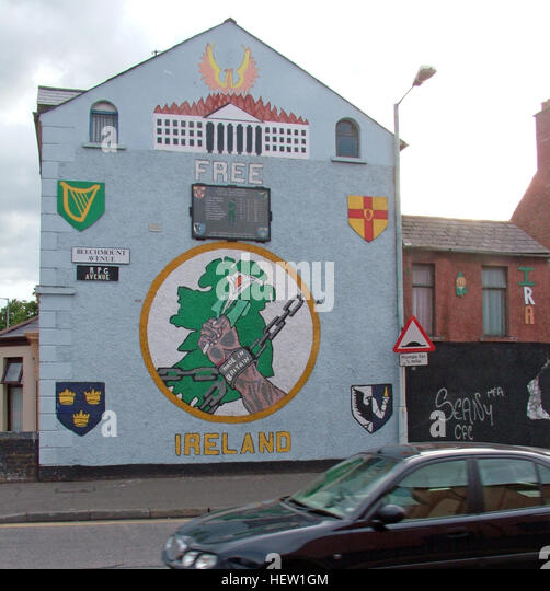 Belfast Falls Rd Republican Mural- Irelands Pain made in Britain, RPG Avenue - Beechmount - Stock Image
