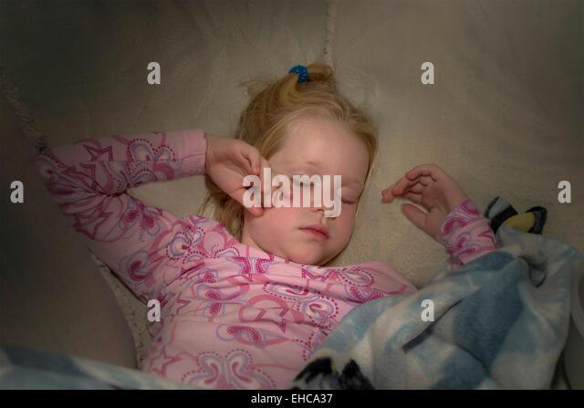 4 -5 year years old girl sleeping girl. MR  © Myrleen Pearson - Stock-Bilder
