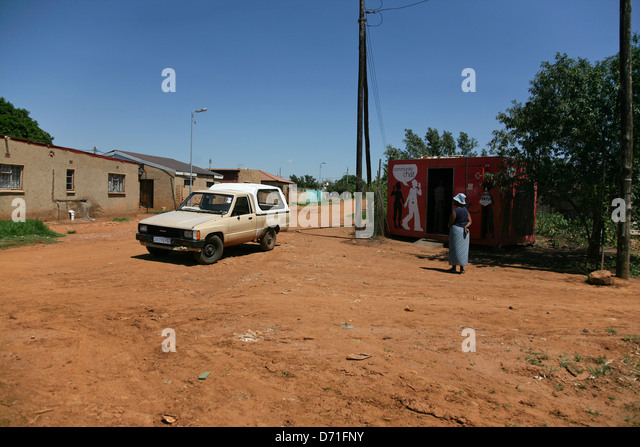 Bakkie stock photos bakkie stock images alamy for Dirty foot mud ranch