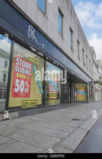 BHS Stores closure - last days of sale of Truro (Cornwall) BHS department store. Concept of sell-off of stock, bankruptcy. - Stock Image