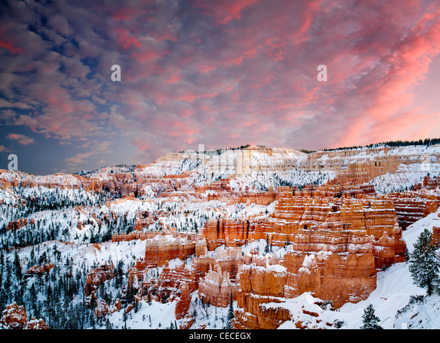 Snow and sunset in Bryce Canyon National Park, Utah - Stock Image