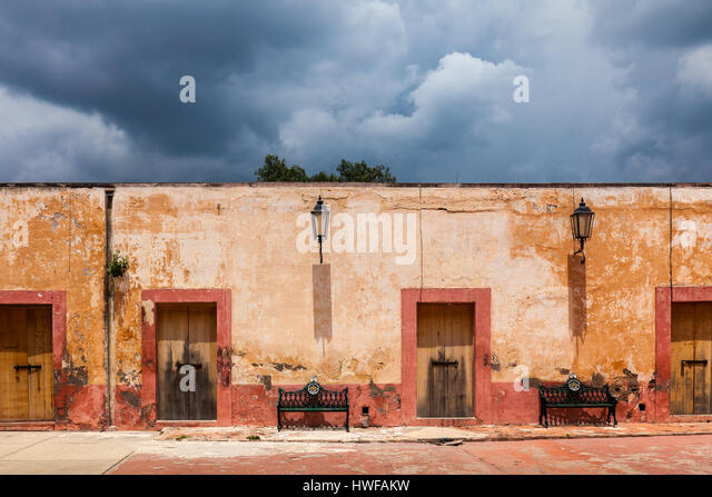 An old government building in Mineral de Pozos, Guanajuato, Mexico. - Stock Image