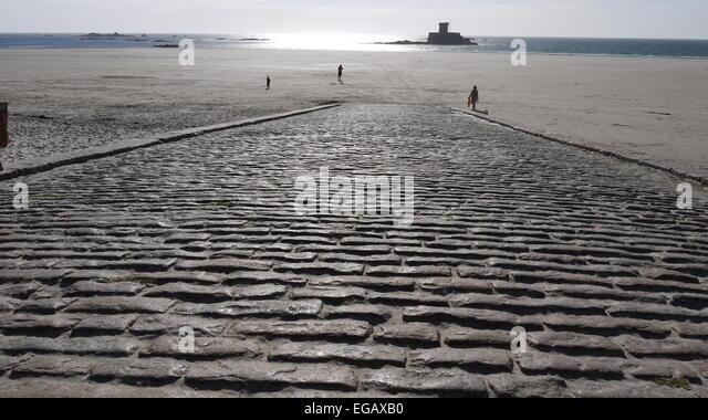 The  slipway from La Braye to St Ouen's beach, Jersey,  Channel Islands, UK - Stock-Bilder