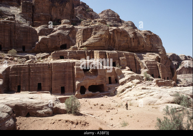 NABATEAN TOMBS AT PETRA. JORDAN. MIDDLE EAST - Stock Image