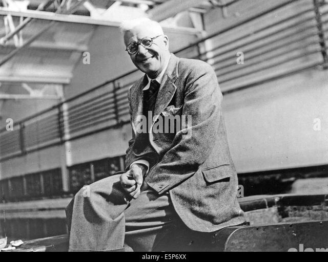 BARNES WALLIS CBE,FRS,RDI,FRAeS (1887-1979) English scientist and engineer who invented the bouncing bomb used by - Stock Image