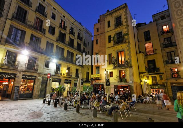 Barcelona La Ribera Plaza de Santa Maria street cafes in the evening - Stock Image