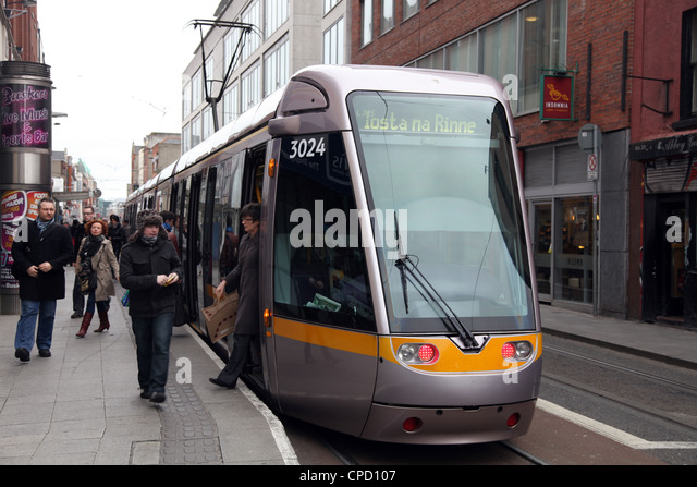 City centre tram, Dublin, Republic of Ireland, Europe - Stock-Bilder