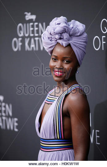 Actor Lupita Nyong'o poses during the Los Angeles premiere of 'Queen of Katwe' in Hollywood, California - Stock-Bilder