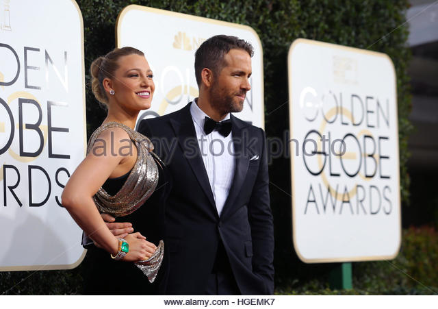 Actors Ryan Reynolds and Blake Lively arrive at the 74th Annual Golden Globe Awards in Beverly Hills, California, - Stock-Bilder