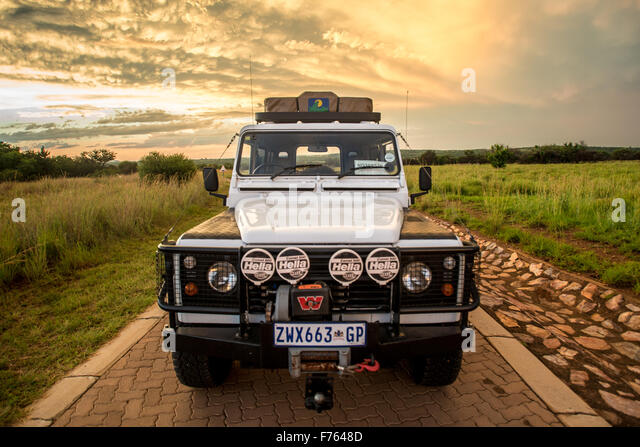 Defender 110 stock photos defender 110 stock images alamy for Garage land rover nancy